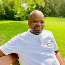 Cyril Kunene, estate agent