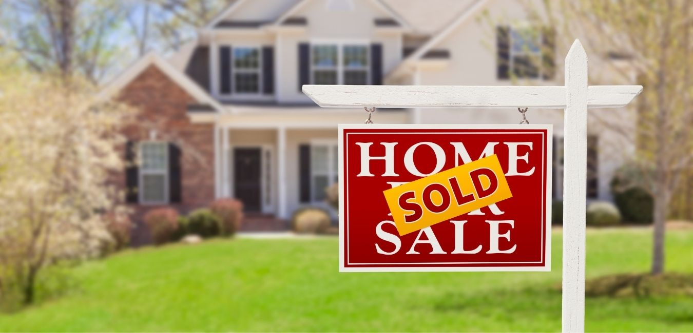 What does a buyer's market mean for sellers? We share a few of our top expert tips to help you sell your home successfully.