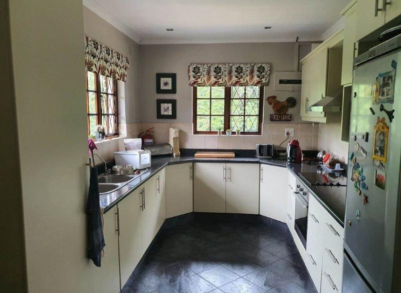 Property For Sale in Padfield Park, Pinetown 10