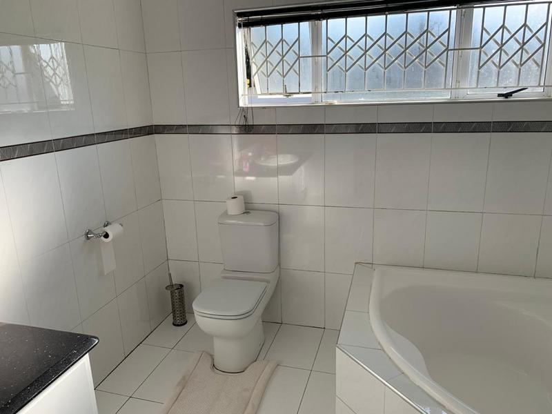 Property For Sale in Winston Park, Kloof 37