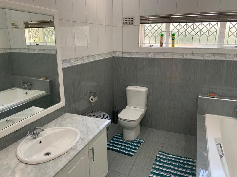 Property For Sale in Winston Park, Kloof 39