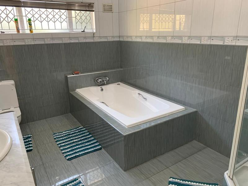 Property For Sale in Winston Park, Kloof 42