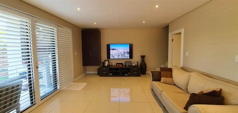 Property For Sale in Umhlanga Ridge, Umhlanga 16
